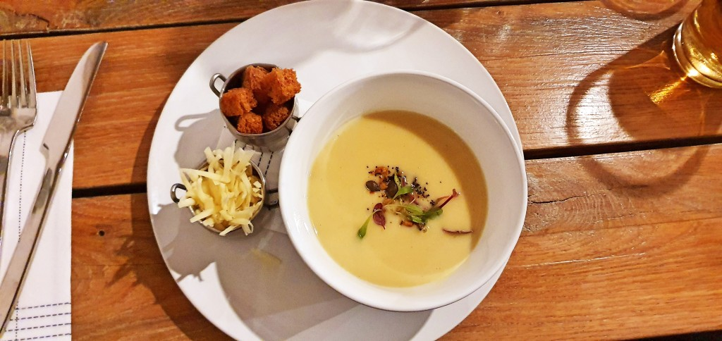 Silky parsnip and pear soup
